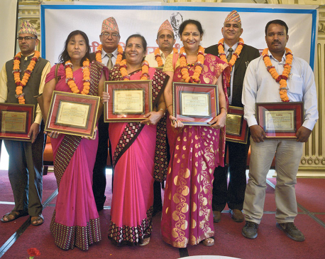PP Prasai Foundation felicitates teachers and tourism entrepreneur