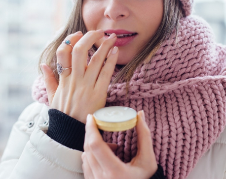 6 Tips to protect your lips from the cold