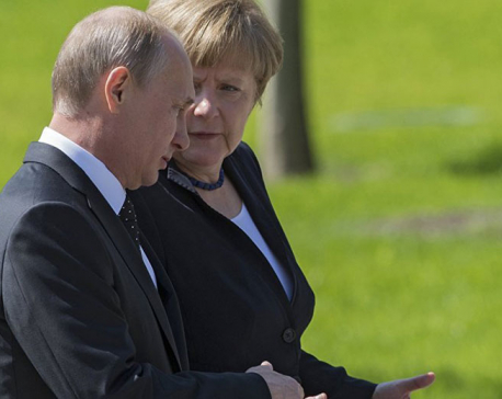 Putin to discuss with Merkel crisis in Syria, Ukraine