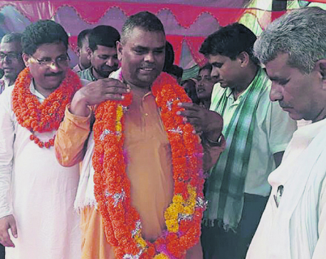 Running away from polls is cowardice: Yadav