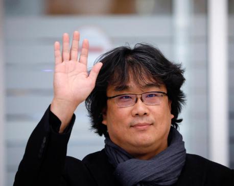'Parasite' director Bong Joon-ho gets hero's welcome in South Korea