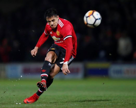 Sanchez stars on debut to help Man United progress past Yeovil