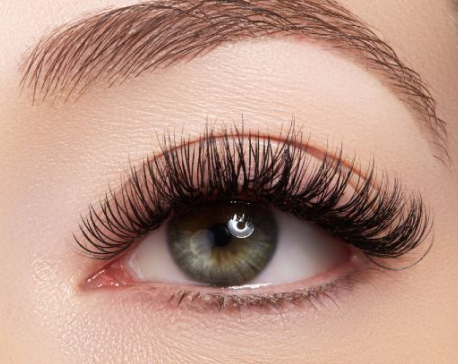 Guide on how to grow your Eyelashes
