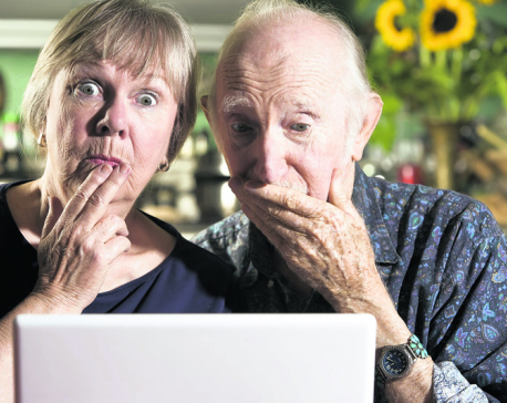 Old folks & social media