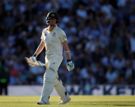 Smith continues to paper over Australia's batting cracks