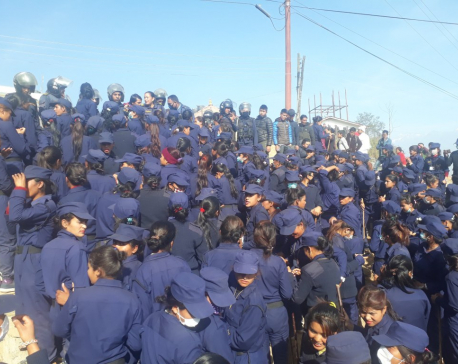 Temporary police protest causes negotiation at Police Office