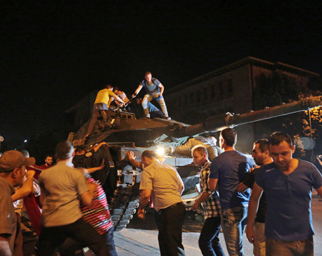 Turkish coup quashed, 194 reported killed in clashes