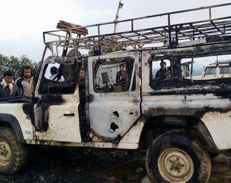 Unidentified gang sets fire to election vehicle