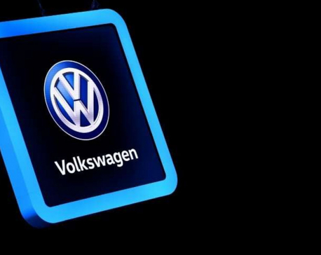 VWs using more diesel, failing pollution tests after recalls: study