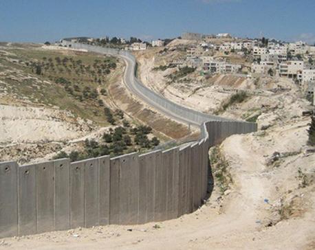 Israeli defense officials approve plans for 1,000 West Bank settlement homes
