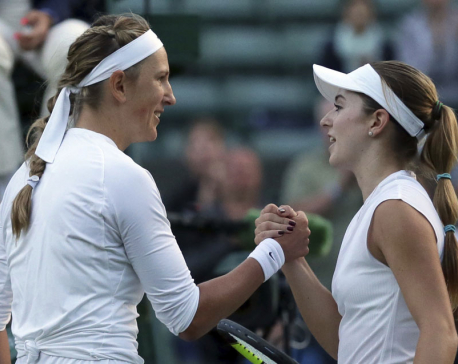 Azarenka gets going after slow start at Wimbledon