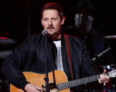 Singer Sturgill Simpson tests positive for coronavirus