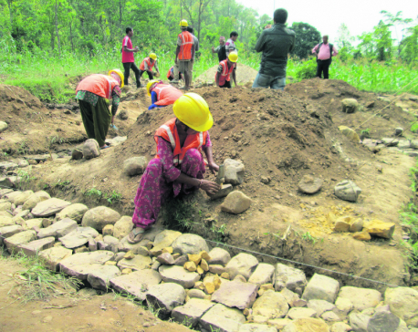 Women fill in for men in quake reconstruction