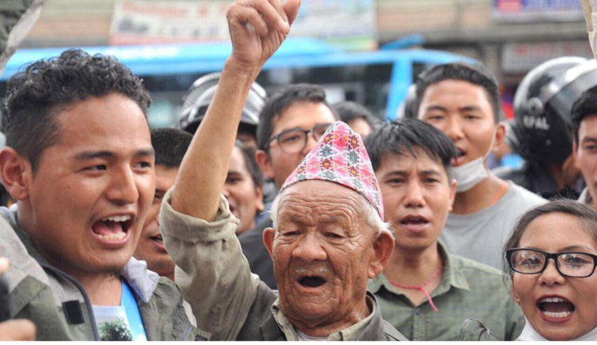 Relatives stage protest seeking justice to Bimala Tamang  (with photos and video)
