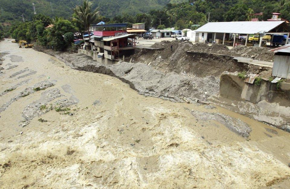 Indonesia landslides death toll rises to 119, dozens missing