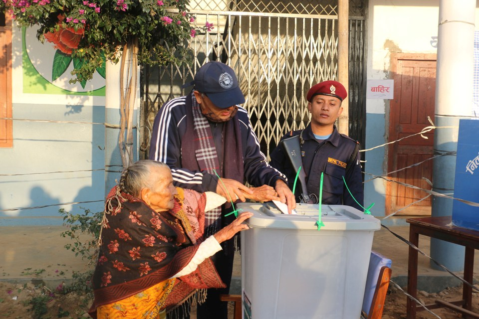 Voting underway peacefully (with photos)
