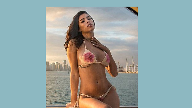 Model Alexandra Rodriguez heats up Miami as she displays her sizzling body