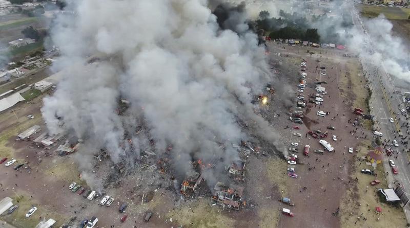 Massive fireworks market blast kills at least 26 in Mexico