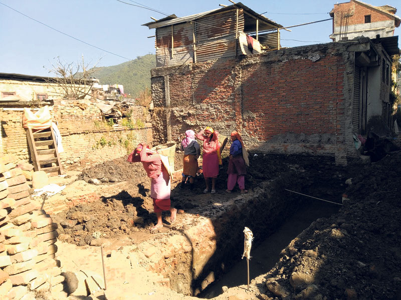 As winter looms Sankhu quake victims start rebuilding without aid