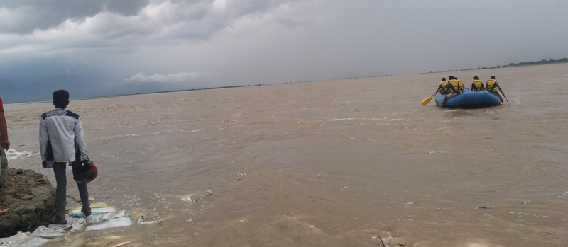 10 missing in Koshi boat capsize, search operation on