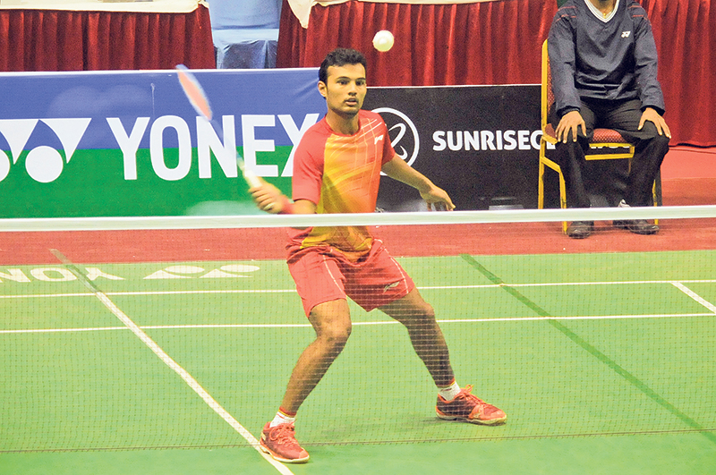 Indian players dominate badminton series