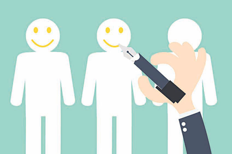 How small businesses can better retain customers?