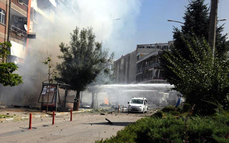 8 soldiers killed in PKK car bomb in southeast Turkey