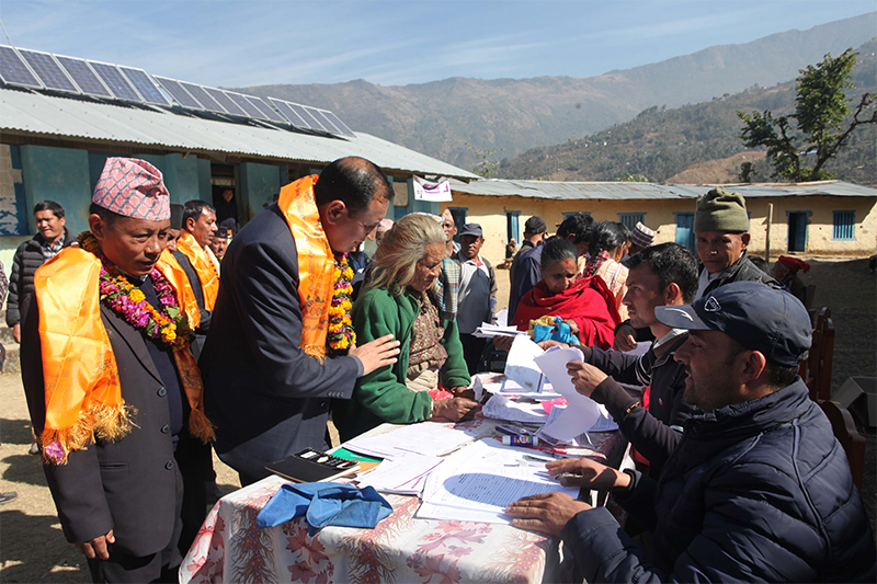Quake victims receive Rs 50,000 as first tranche of cash relief