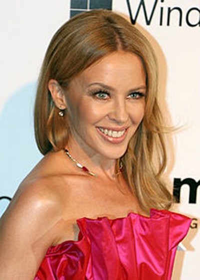 Kylie Minogue ditches bra for photoshoot