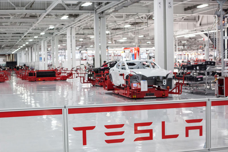 Tesla buys $1.5B in Bitcoin, will accept as payment soon