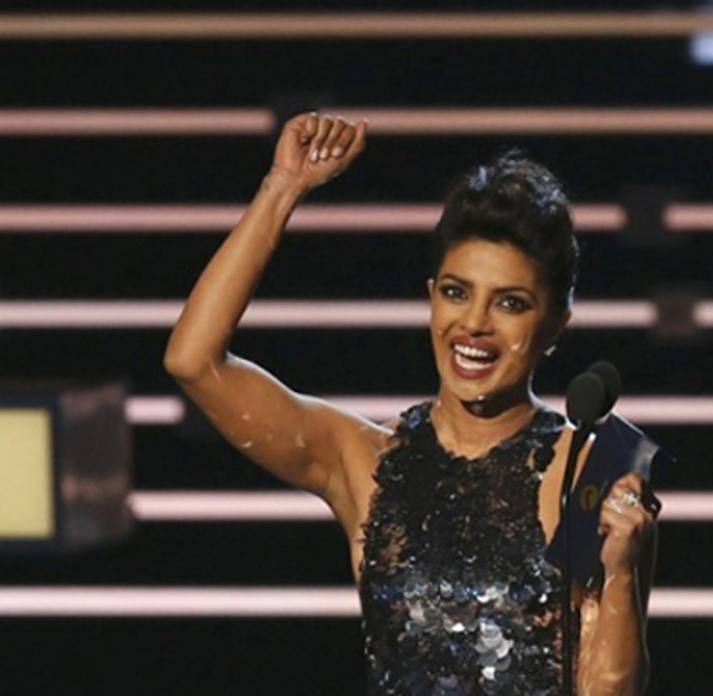 Priyanka Chopra scores second win at People's Choice Awards