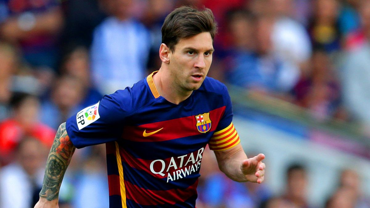 Messi's father negotiating son's transfer from Barcelona to PSG