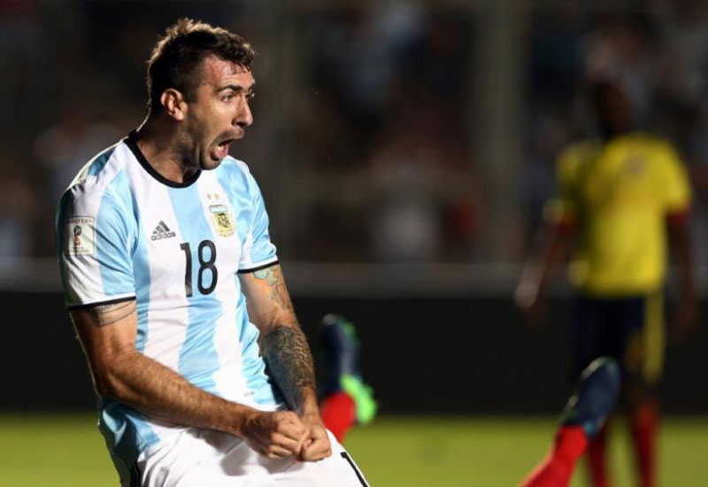 Argentina bring in Pratto for banned Higuain against Bolivia