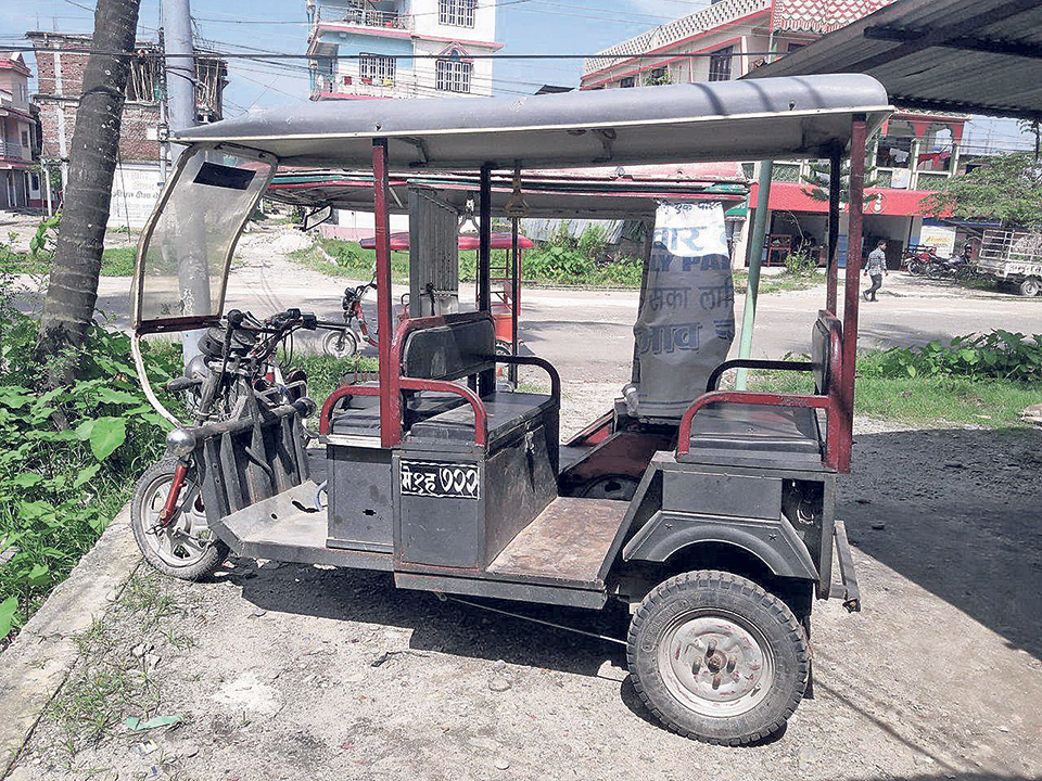 e-Rickshaws on verge of displacement in Jhapa