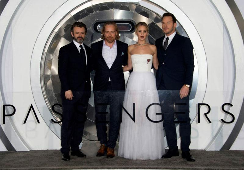 Jennifer Lawrence, Chris Pratt together at last, but critics pan 'Passengers'