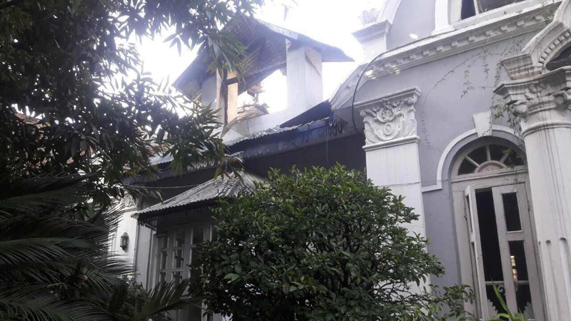 Fire guts 'The Old House Restaurant'