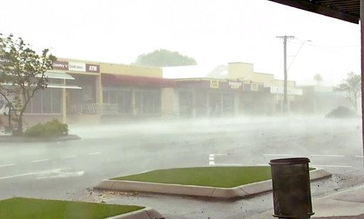 Powerful cyclone slams into Australia's tropical northeast