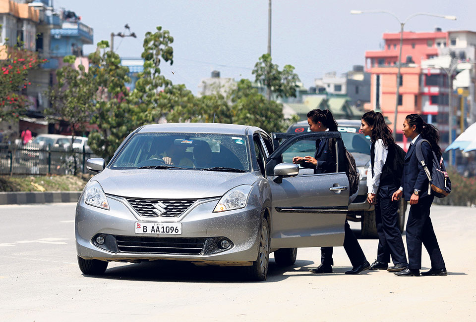 Commuters turn to carpooling