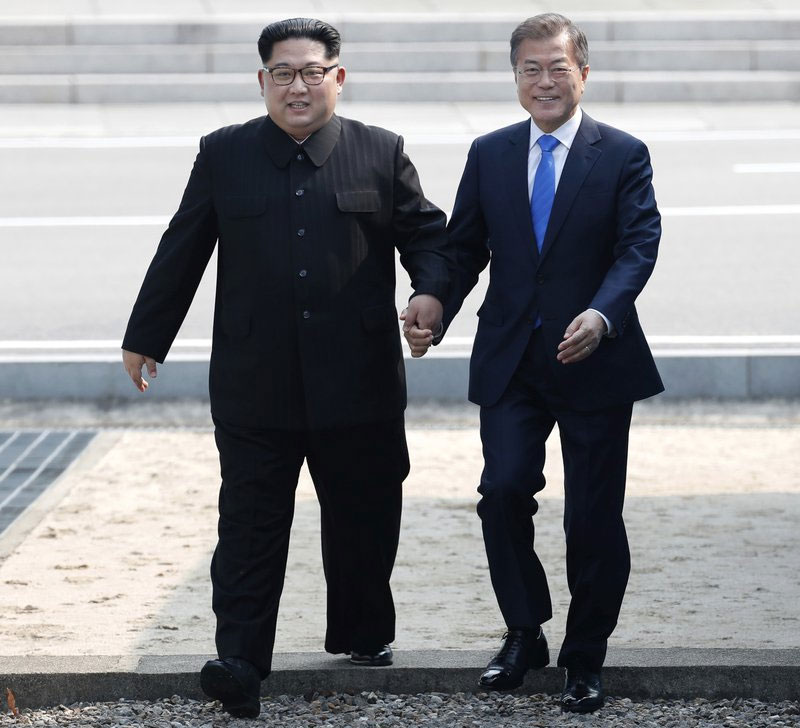 Kim says he, Moon are on starting line of new Korean history
