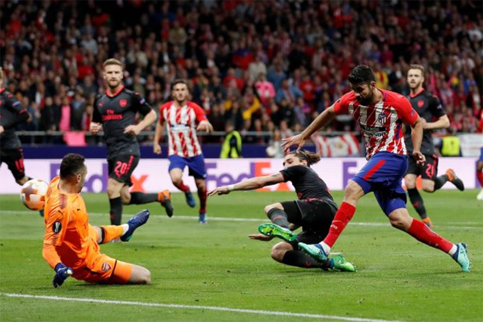 Costa haunts Arsenal again to send Atletico into final