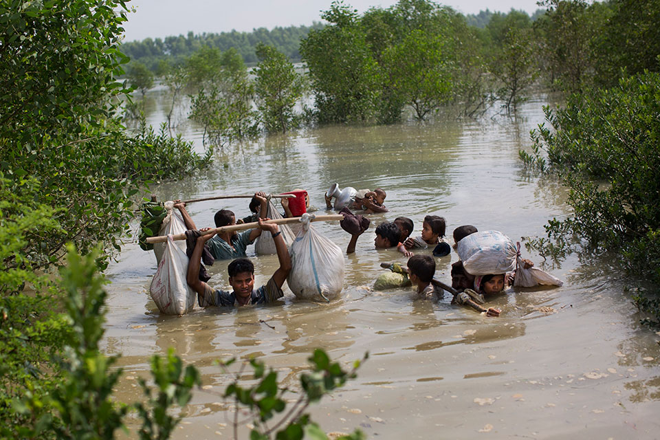UN condemns rights abuses in Myanmar