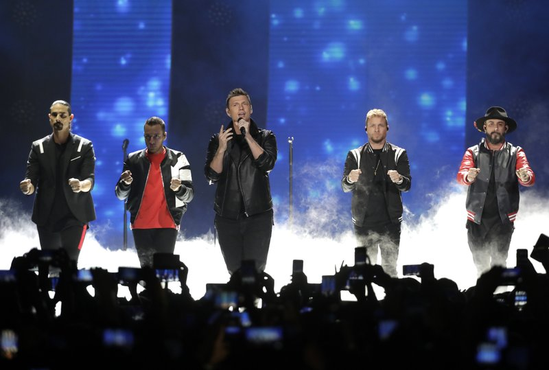 Backstreet Boys fans treated for injuries after storm