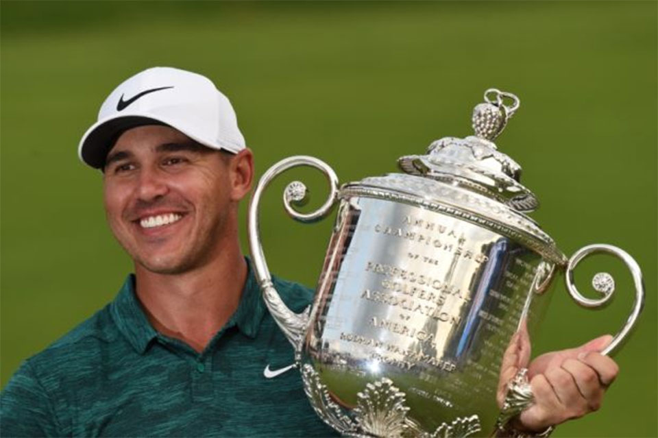 Koepka holds off Woods to win PGA Championship ...