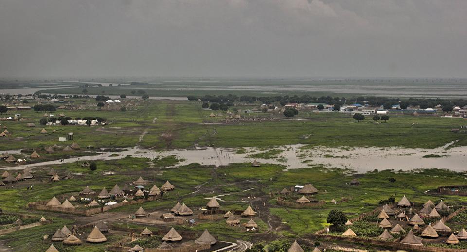 Aircraft crashes into lake in South Sudan, killing 21 (PHOTO)