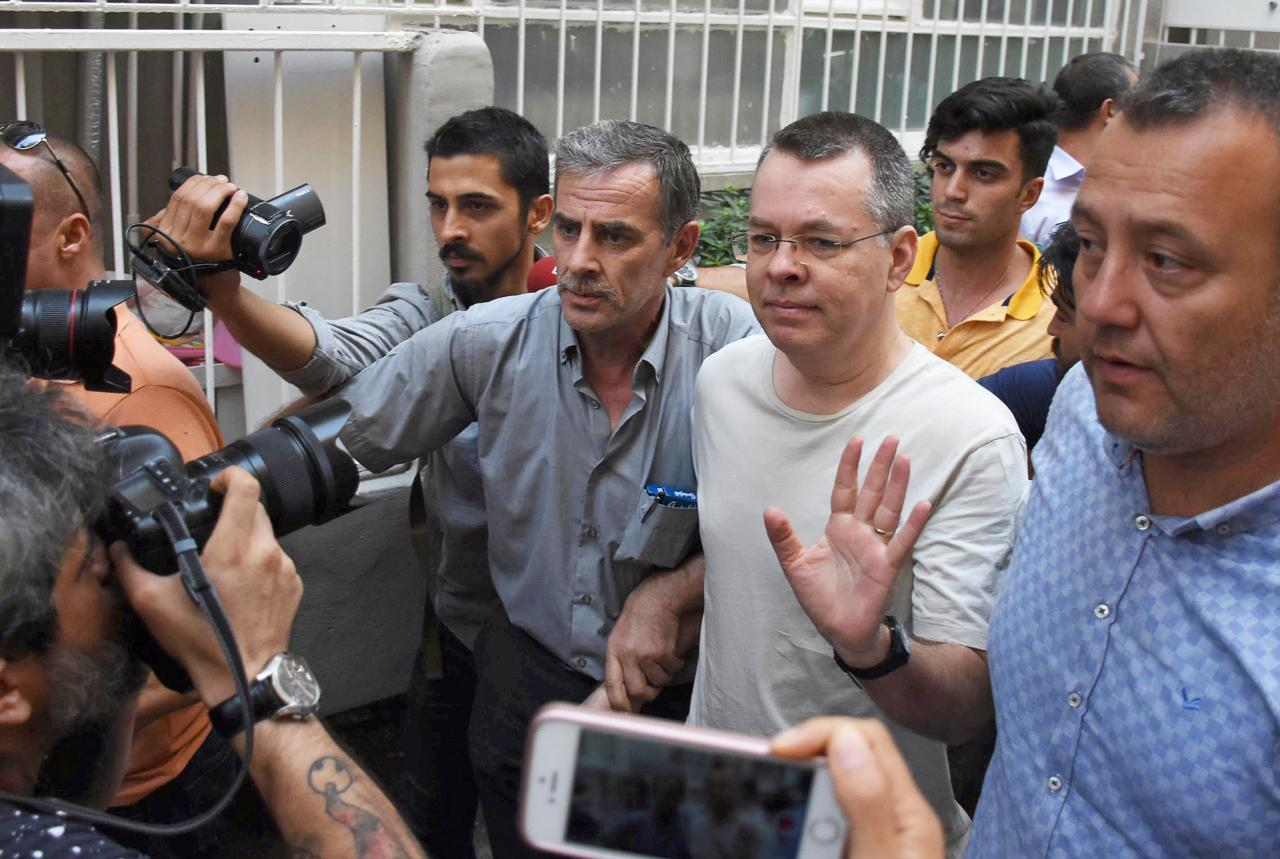 U.S. says more sanctions await if Turkey does not free pastor