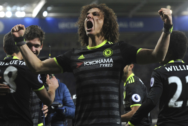 Costa, Payet absent but Chelsea, West Ham still both win 3-0