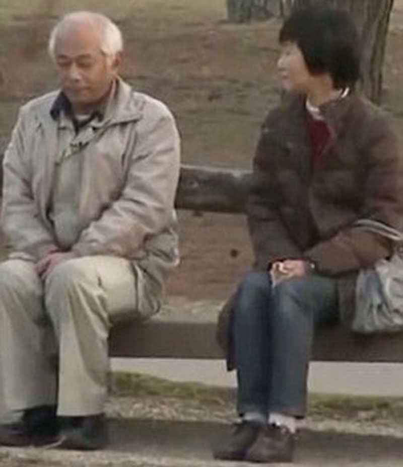 Japanese husband talks to wife after 20 years of jealous silence