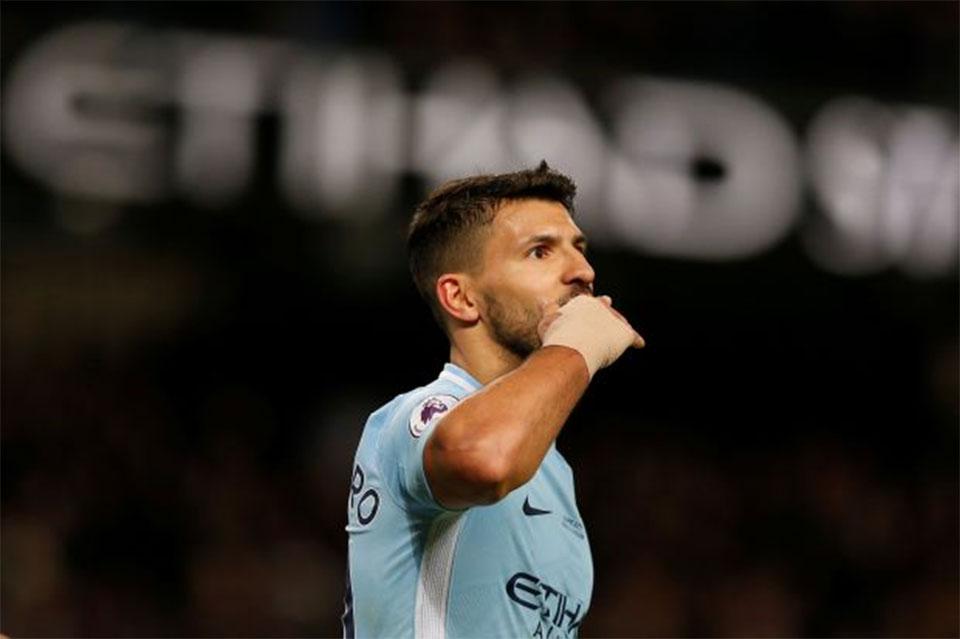 Brilliant Aguero scores four to lift City 16 points clear