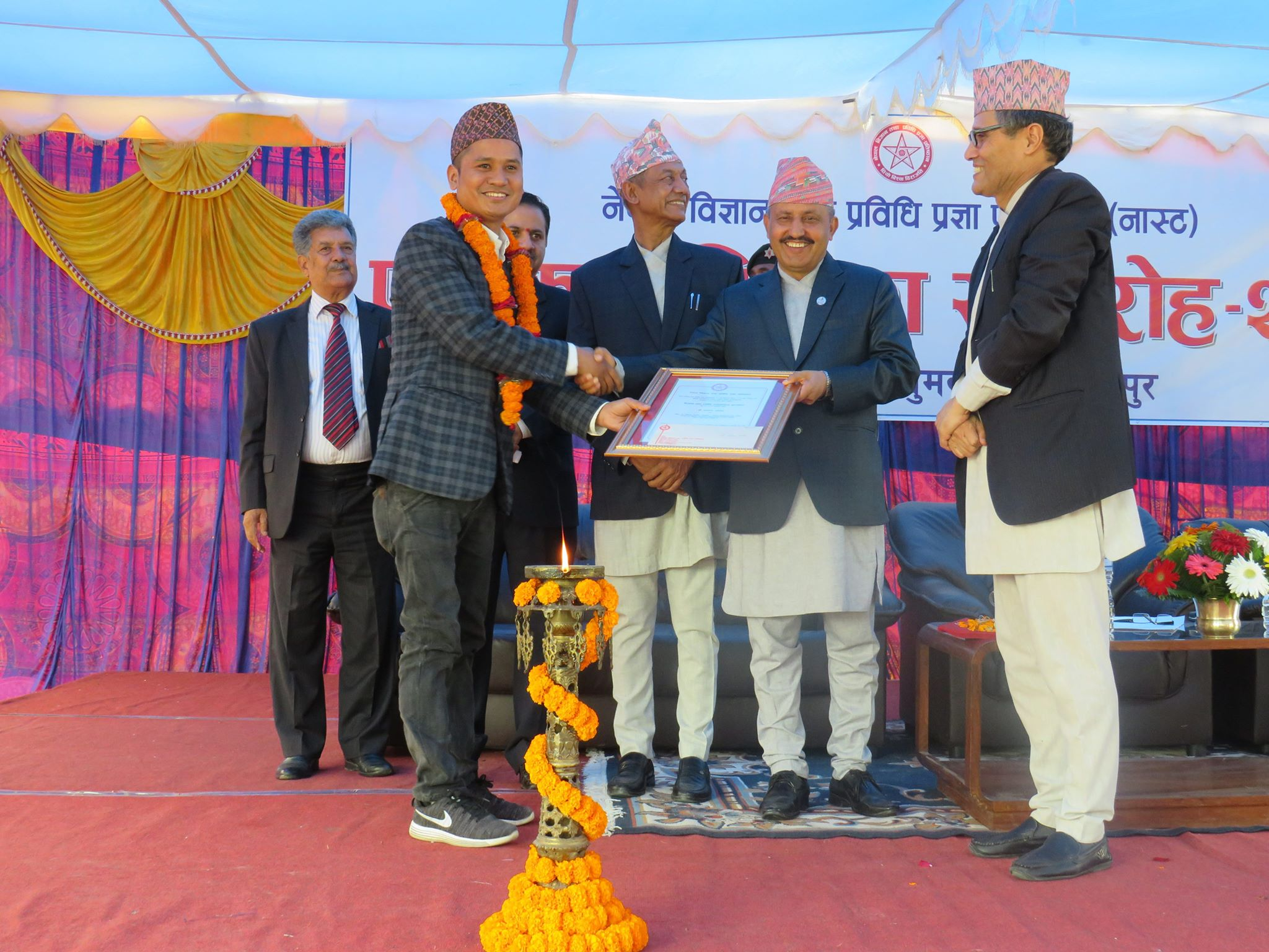 Journo Dangol felicitated with Science and Technology award