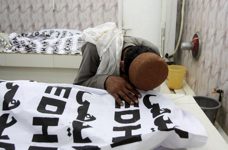 132 die in Pakistan election violence ahead of Sharif return